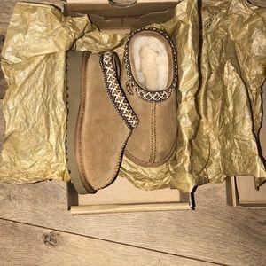 Kids UGG shoe ( K Tasman)